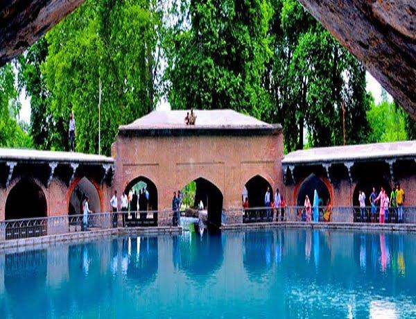 verinag-Green-Kashmir-Travels