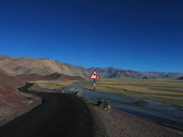 Hanle-Green-Kashmir-Travels